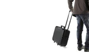 Tecnico con la valigia